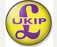 Keep off Facebook and Twitter, UKIP tells activists